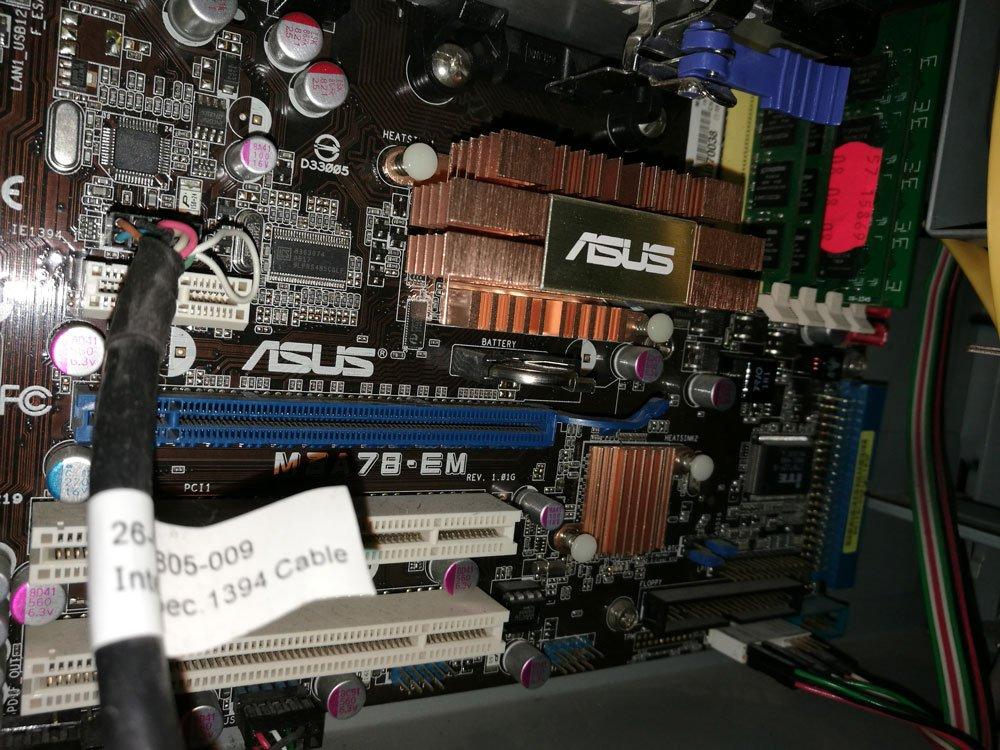 Dators3.jpg.038e88518d94e70a7d854dd50632a3e3.jpg
