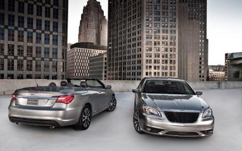 2013-Chrysler-200-S