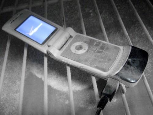 frozen-phone-500-x-376