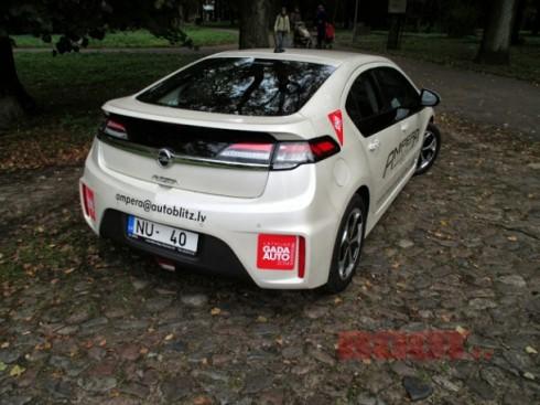 Opel Ampera 025