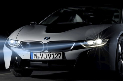 BMW-i8-laserlight-01