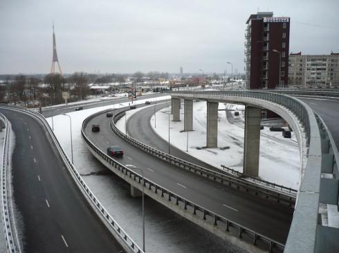 Rīga,_Dienvidu_tilta_satiksmes_mezgls