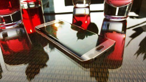 Samsung_Galaxy_S6edge