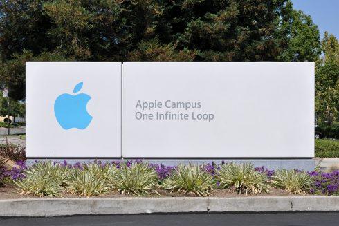Apple_Campus_One_Infinite_Loop_Sign