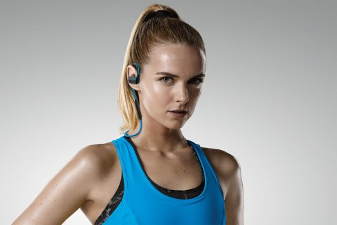 jabra-sport-pace-wireless-lifestyle-1500x1000