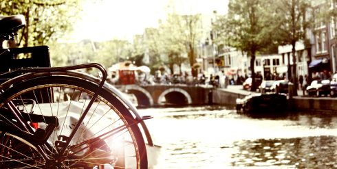 3_Amsterdam_travel_bike_pixabay